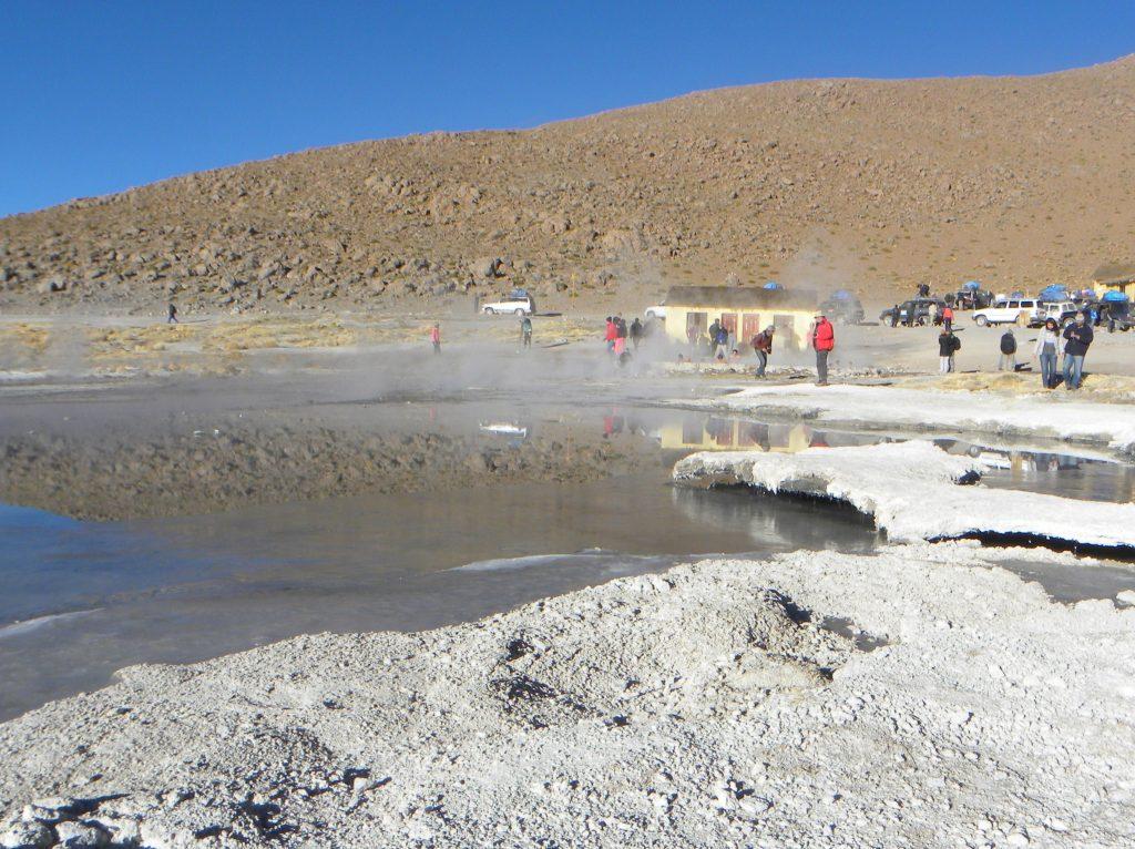 Geisers in de woestijn Bolivia
